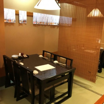 ■Table and chair-style on tatami mats on the second floor■